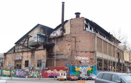 Una fábrica abandonada
