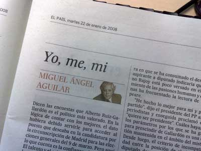 El titular ?Yo, me, mi?, en la edición de papel