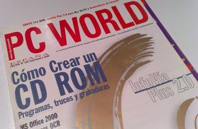 El tema destacado en portada es la creación de CD ROMS. También destacan Office 2000 e InfoVía Plus 2.0