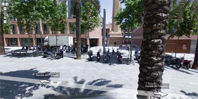La puerta del edificio en que trabajo, en Google Street View