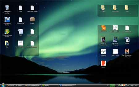 Captura de pantalla de un escritorio de Windows. Fences ha creado grupos para ordenar todos los iconos