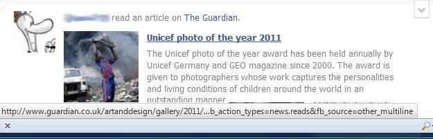 Se muestra un enlace a una noticia de The Guardian. La URL que muestra el navegador al pasar por encima del enlace es la correcta